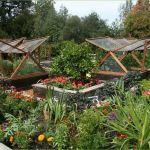 Homestead farm garden layout and design for your home 13