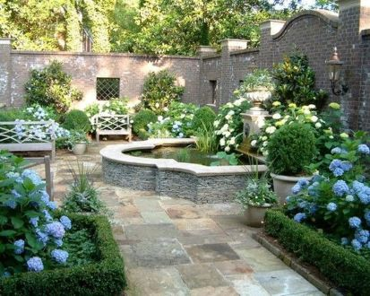 Small courtyard garden with seating area design and layout 102