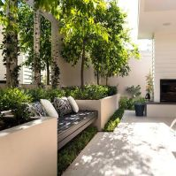 Small courtyard garden with seating area design and layout 108