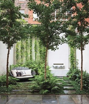 Small courtyard garden with seating area design and layout 34