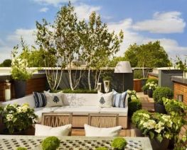 Amazing Rooftop Porch and Balcony Inspirations 21