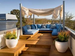 Amazing Rooftop Porch and Balcony Inspirations 23