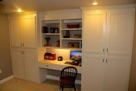 Awesome Built In Cabinet and Desk for Home Office Inspirations 39