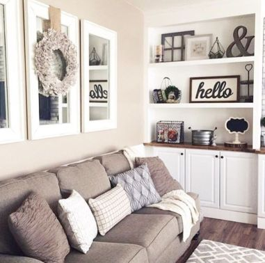 Brilliant Built In Shelves Ideas for Living Room 28