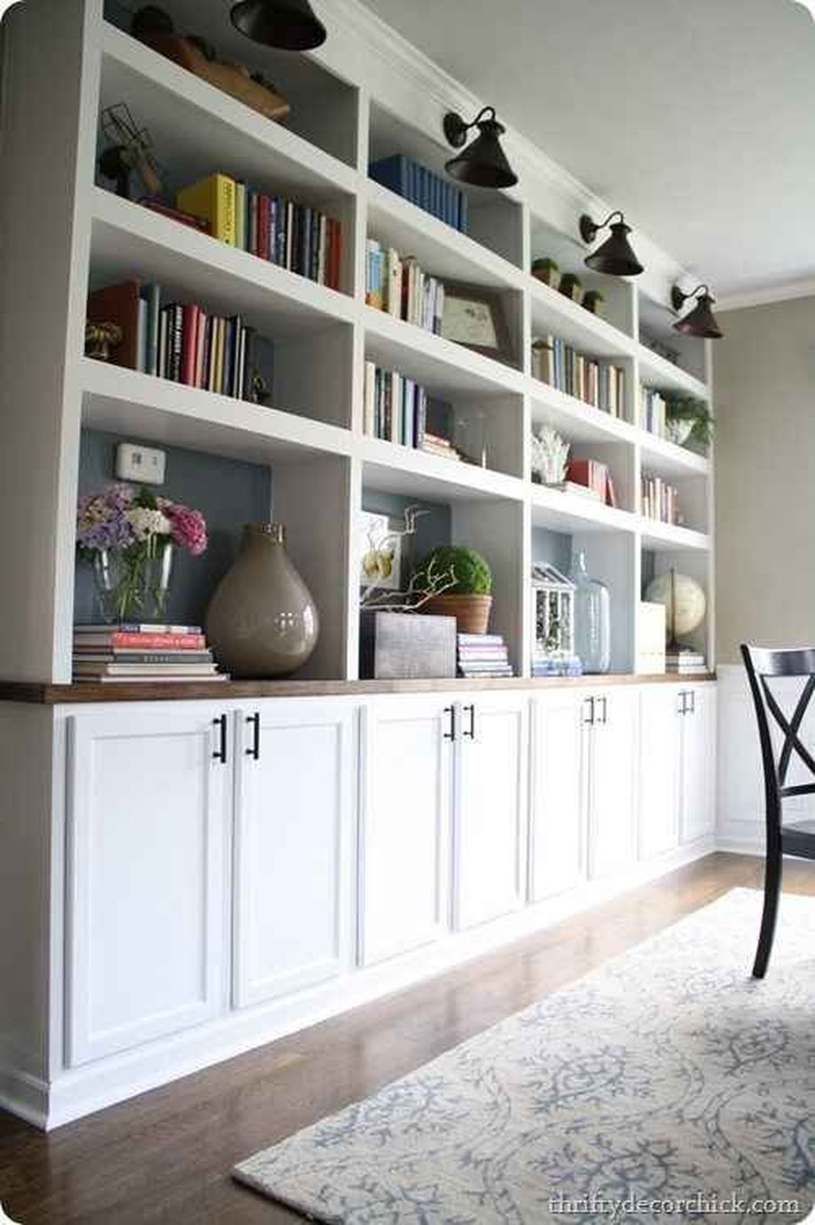 Brilliant Built In Shelves Ideas for Living Room 1