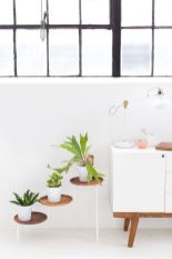 Cool Plant Stand Design Ideas for Indoor Houseplant 50