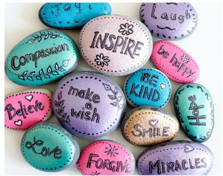 Creative DIY Easter Painted Rock Ideas 34