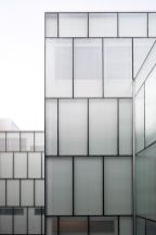 Stunning Glass Facade Building and Architecture Concept 22