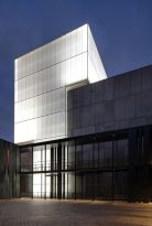 Stunning Glass Facade Building and Architecture Concept 57