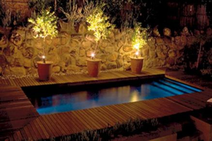 Stunning Outdoor Pool Landscaping Designs 102