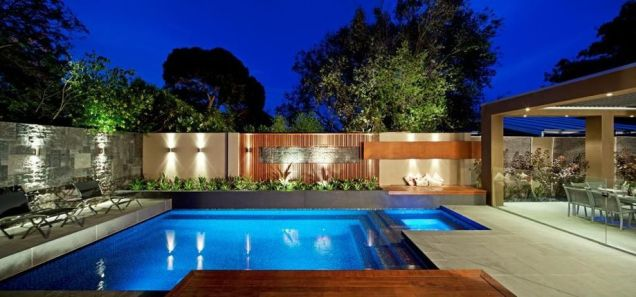 Stunning Outdoor Pool Landscaping Designs 103