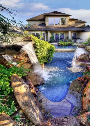 Stunning Outdoor Pool Landscaping Designs 38