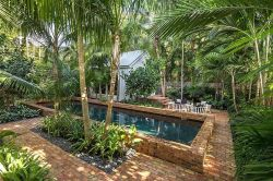 Stunning Outdoor Pool Landscaping Designs 67