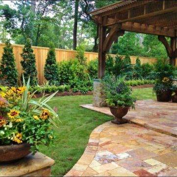 Stunning Privacy Fence Line Landscaping Ideas by By Elizabeth