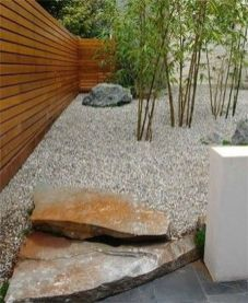 Stunning Privacy Fence Line Landscaping Ideas 86