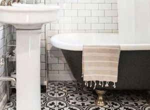 Vintage and Classic Bathroom Tile Design