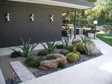 Modern and Contemporary Front Yard Landscaping Ideas 53