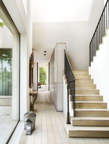 40 Awesome Modern Stairs Railing Design 20