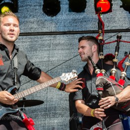 red-hot-chili-pipers-woa-14-2379(1)