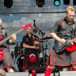 red-hot-chili-pipers-woa-14-2405(1)