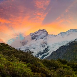 Incredible sunset over Mt Cook nationalpark