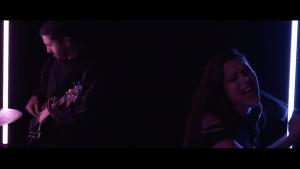 Time Symmetry edita si nuevo vídeo 'Blue Lights'