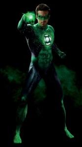 De todos os heróis, este foi o uniforme que foi melhor produzido! Deve ser obra da Edna Moda! rs