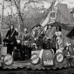 The Raconteurs - Consolers of the Lonely