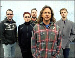 Pearl Jam s ponovnima izdajama VS in Vitalogy