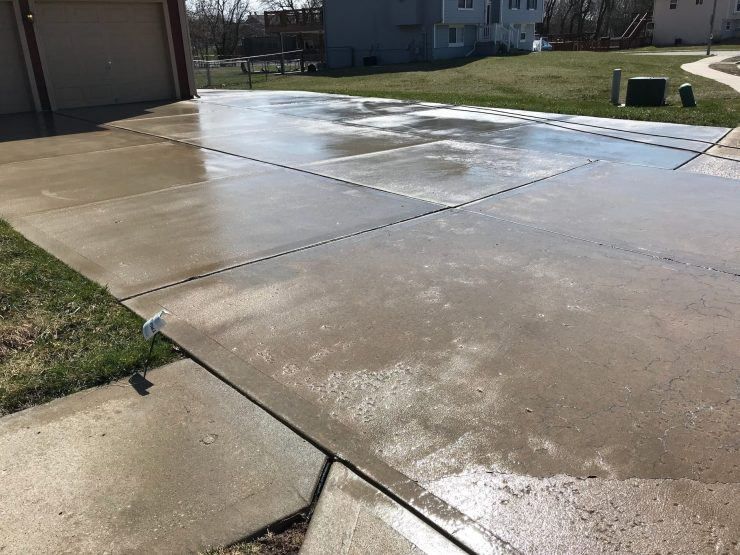 Put Concrete And Driveway Sealing On Your To Do List