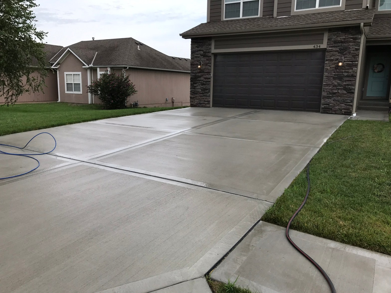 Avoid Cracks and Damage To Your Concrete and Driveway   KCMO ...