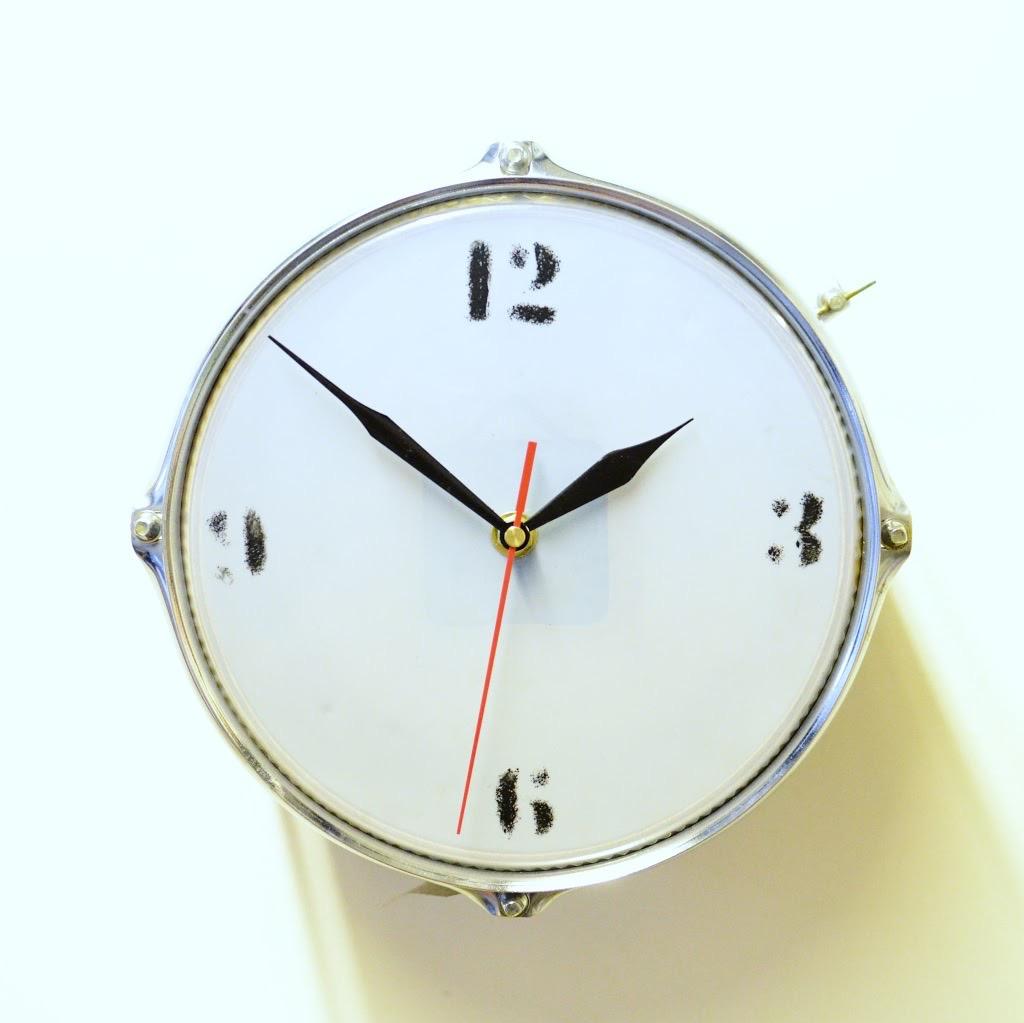 Mini Wooden Drum Clock
