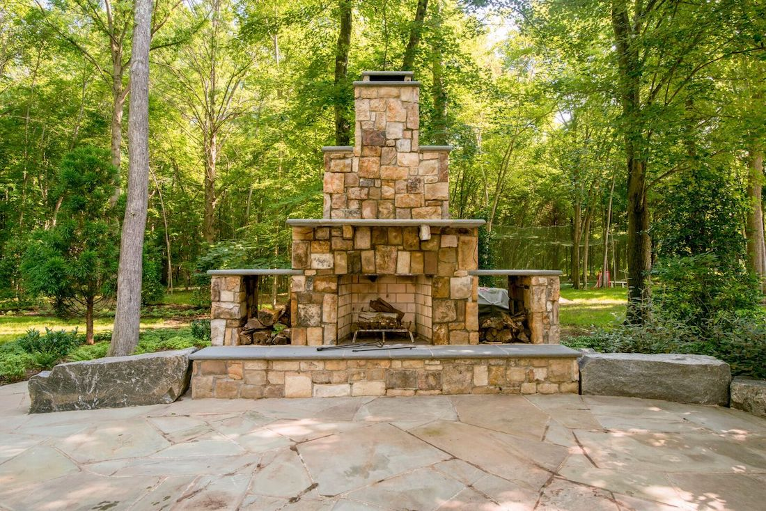 10 Fire Pit and Outdoor Fireplace Ideas for Your Home in ... on Outdoor Fireplaces Ideas  id=49104