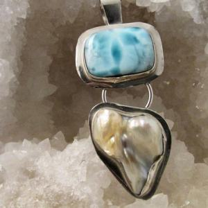 Pendant - LARIMAR and PEARL on Sterling Silver (JS-27)