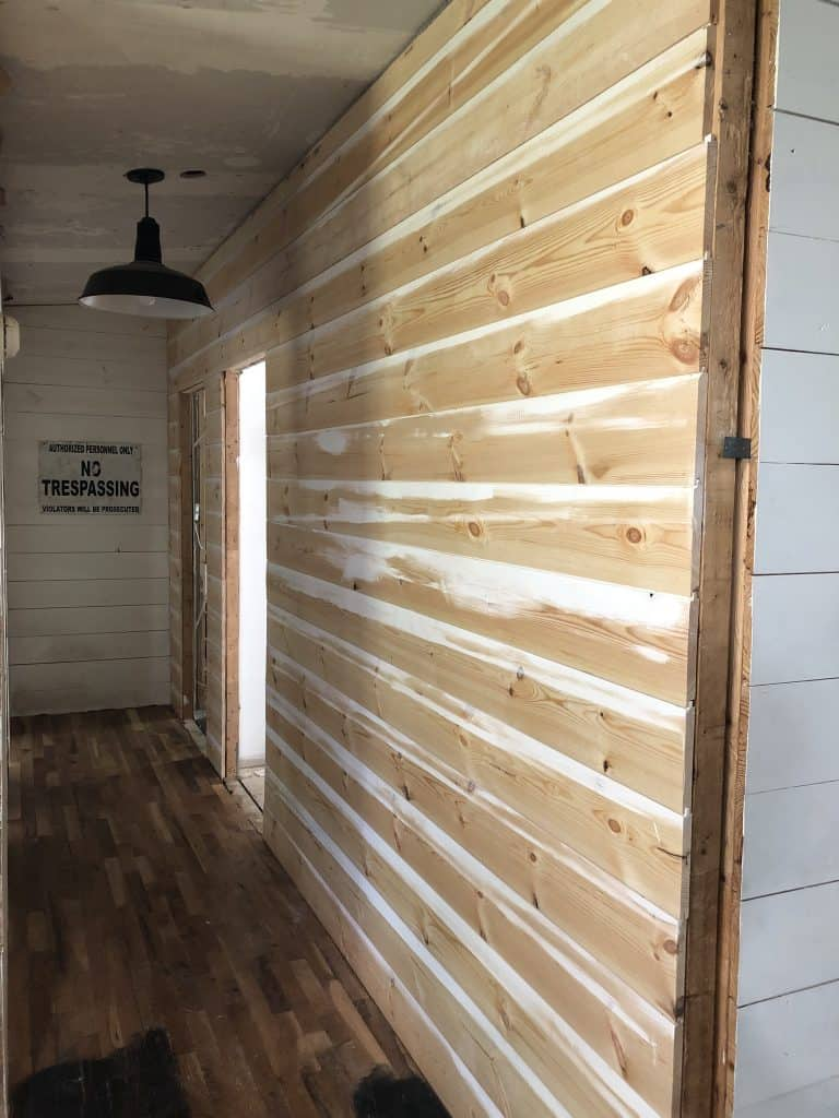 Remodeling a Mobile Home into a Simple Farmhouse Style with Shiplap Walls