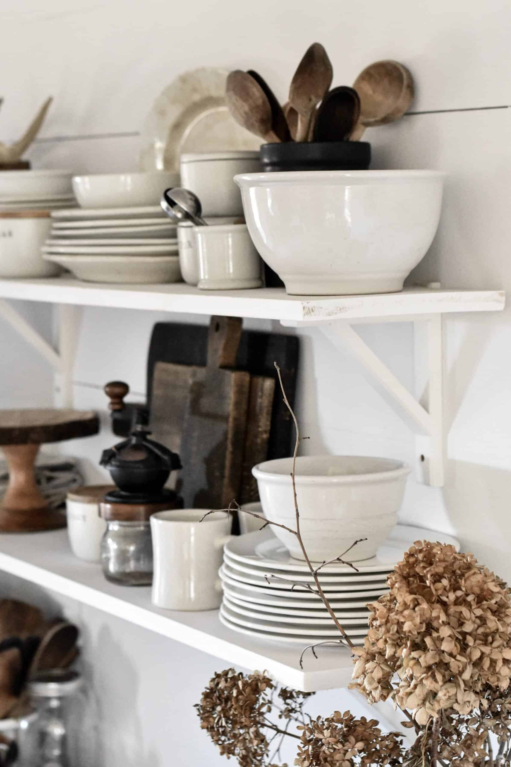 8 Steps to Style Open Kitchen Shelves