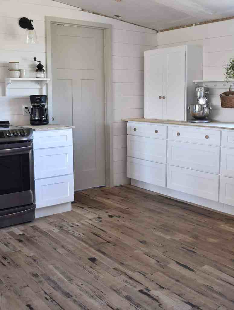 White Farmhouse Shaker Kitchen Cabinets