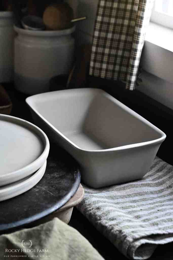 How to Clean Stoneware