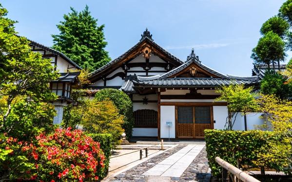 我所看到 日本家庭的生活方式 禮貌拘謹、依舊存在的傳統女性顧家習俗 8