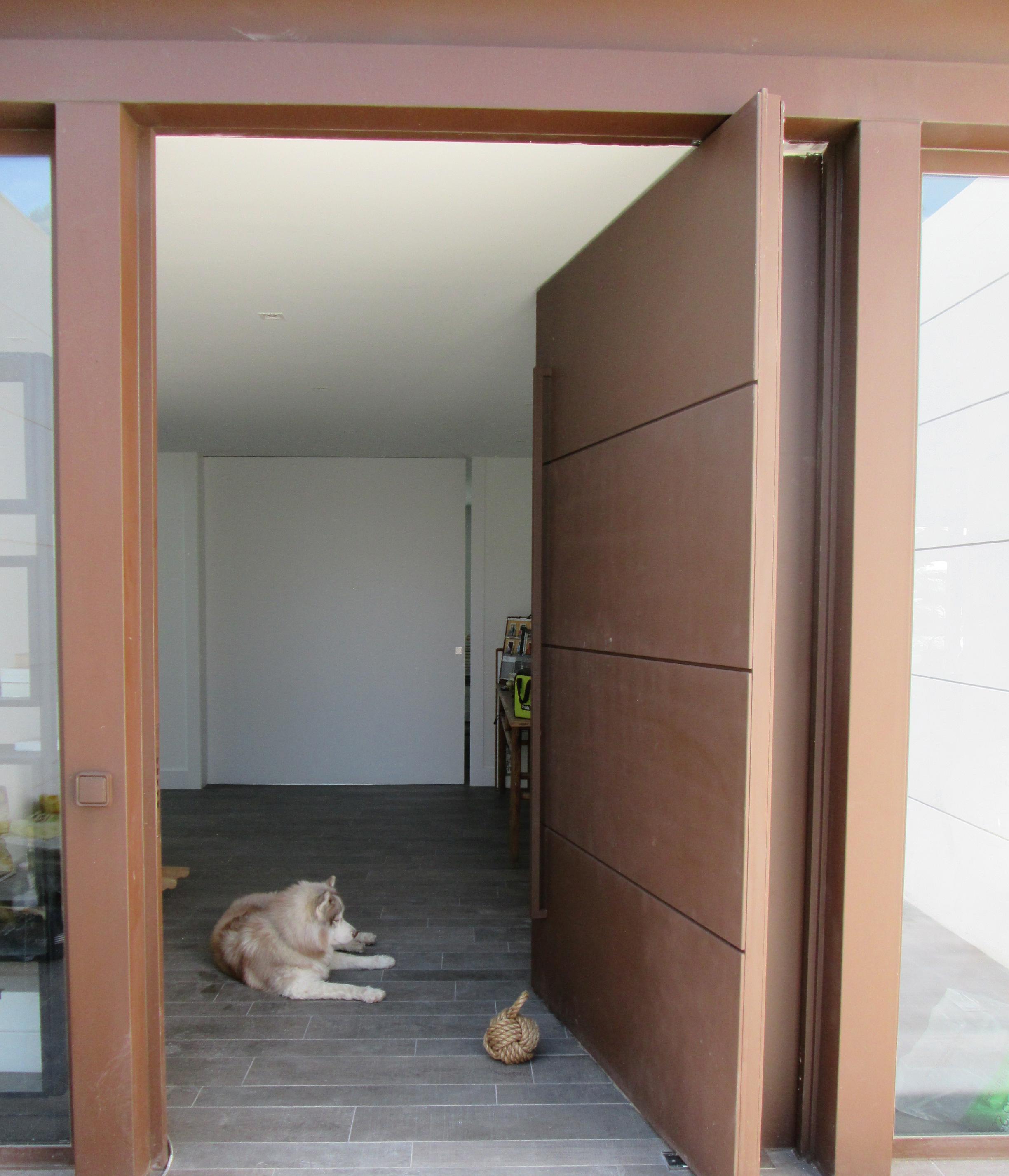 Puertas blindadas para exterior roconsa for Puertas de exterior