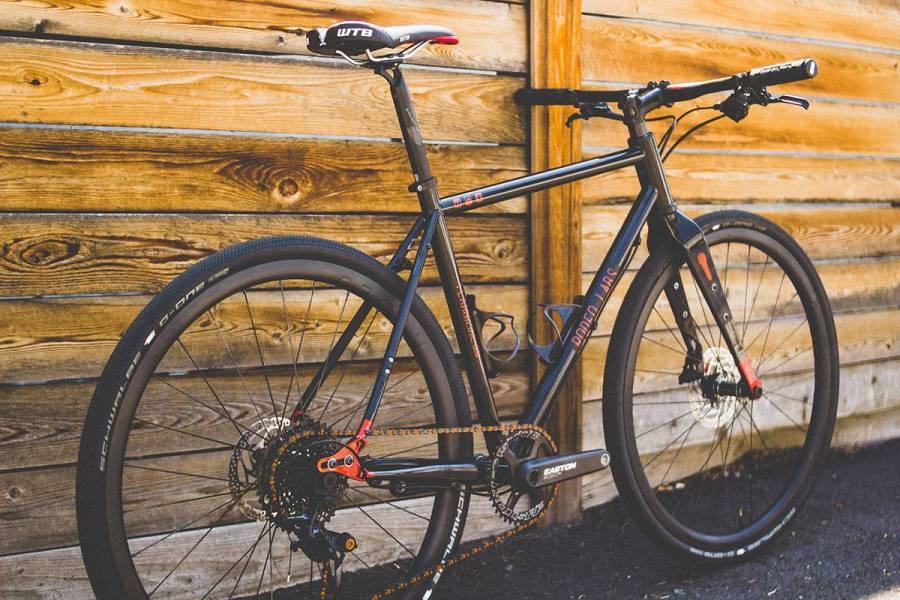 Flaanimal 3.0. Black / Copper. Box 1 1x flat bar build. Rodeo 2.0 Carbon wheels.
