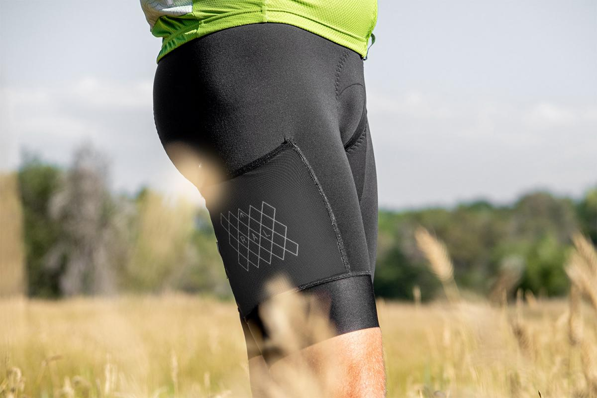 Tuxedo Black fabric is the softest fabric we've ever seen used in a bibshort. The fabric has slightly more weight than the Dark Bronzite.