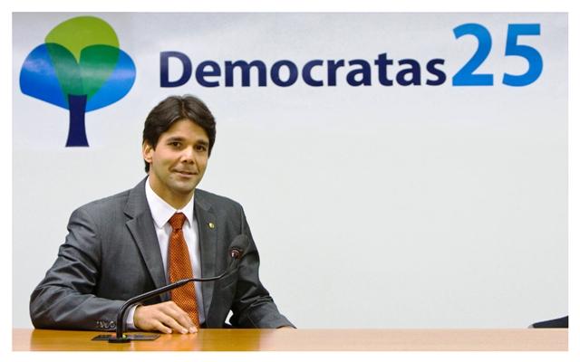 Felipe_Maia_DEM