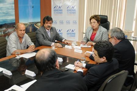 Governadora_recebe_representantes_da_cadeia_produtiva_do_Leite_-_Elisa_Elsie_1