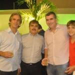 Marcos_Antnio_e_Constantino_Jnior_recepcionando_Silvio_Santiago_e_o_filho