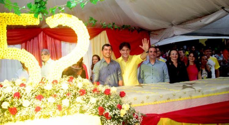 1A_GOVERNADOR_PRESTIGIA_FESTA_DOS_52_ANOS_DE_MONTANHAS