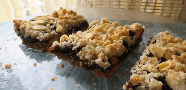 Sinfully Delicious Date Bars