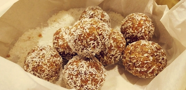 Lemon date coconut balls