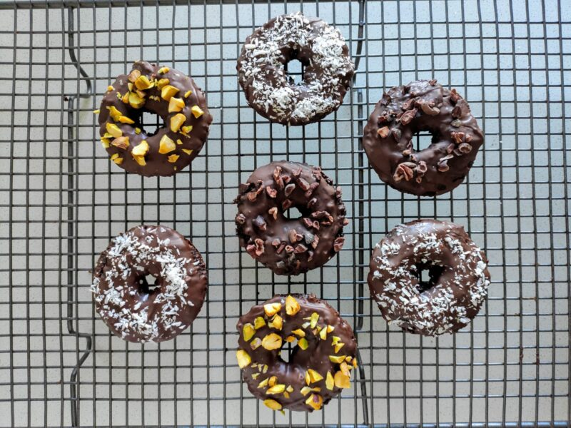 Easy Paleo Chocolate Donuts