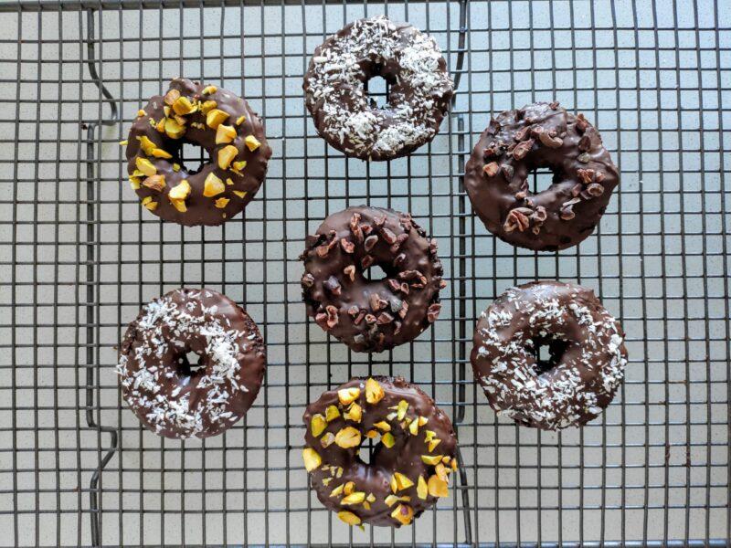 Easy Paleo Chocolate Donuts